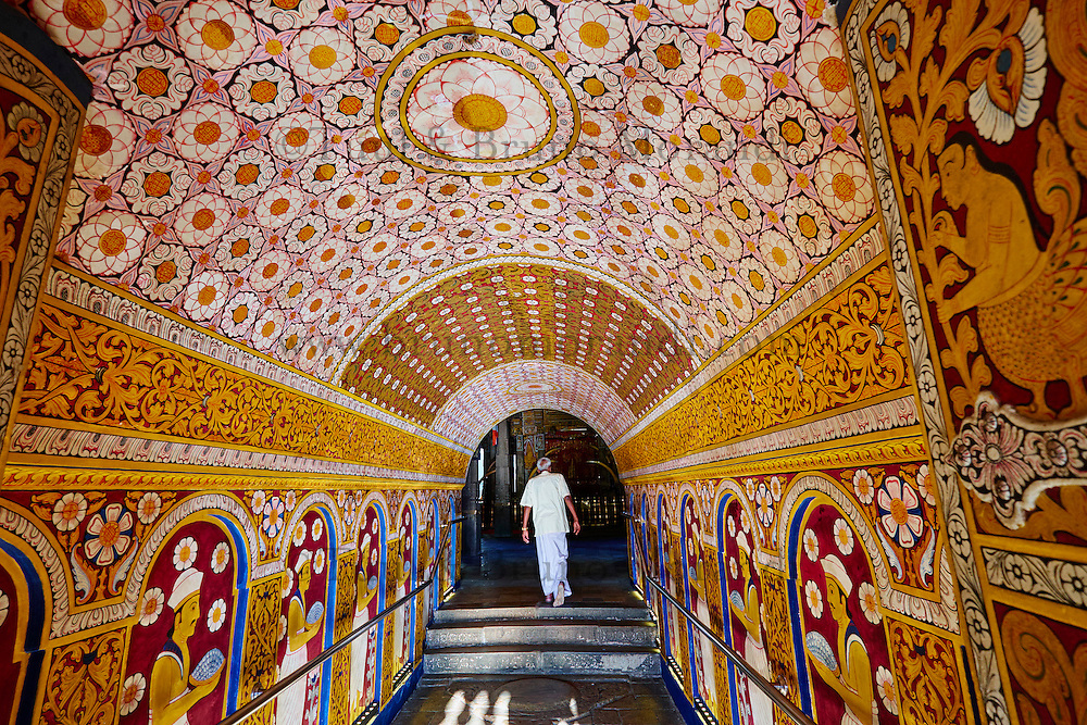 Sri Lanka, province du centre, Kandy, ville classée patrimoine mondial de l'UNESCO, Temple de la Dent (Sri Dalada Maligawa) qui renferme une relique de dent de Bouddha<br /> // Sri Lanka, Ceylon, North Central Province, Kandy, UNESCO World Heritage city, Tooth's temple