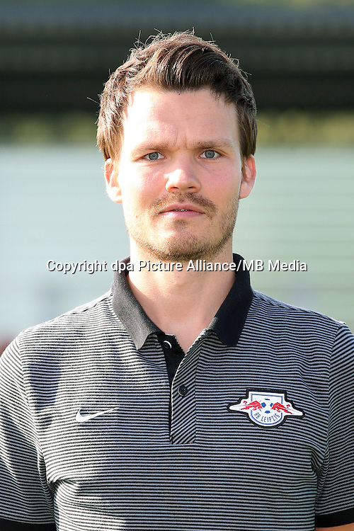HANDOUT - 1. DFL, 1. Deutsche Bundesliga, RasenBallsport Leipzig, team photo shooting. Image shows video analyst Danny Roehl (RB Leipzig). Photo: GEPA pictures/ Sven Sonntag - For editorial use only. Image is free of charge. |