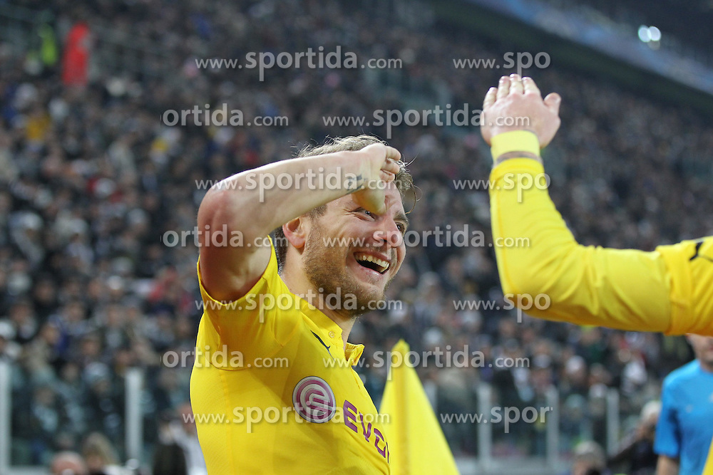 24.02.2015, Veltins Arena, Turin, ITA, UEFA CL, Juventus Turin vs Borussia Dortmund, Achtelfinale, Hinspiel, im Bild Torjubel von Ciro Immobilie #9 (Borussia Dortmund) salutiert // during the UEFA Champions League Round of 16, 1st Leg match between between Juventus Turin and Borussia Dortmund at the Veltins Arena in Turin, Italy on 2015/02/24. EXPA Pictures &copy; 2015, PhotoCredit: EXPA/ Eibner-Pressefoto/ Kolbert<br /> <br /> *****ATTENTION - OUT of GER*****