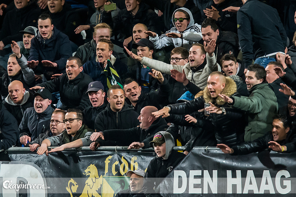DEN HAAG - ADO Den Haag - PSV , Voetbal , Seizoen 2016/2017 , Eredivisie , Kyocera Stadion , 15-04-2017 , eindstand 1-1 , supporters uitzinnig na de 1-1