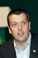 Jeremy Dear, General Secretary, speaking  at the NUJ Conference 2005.