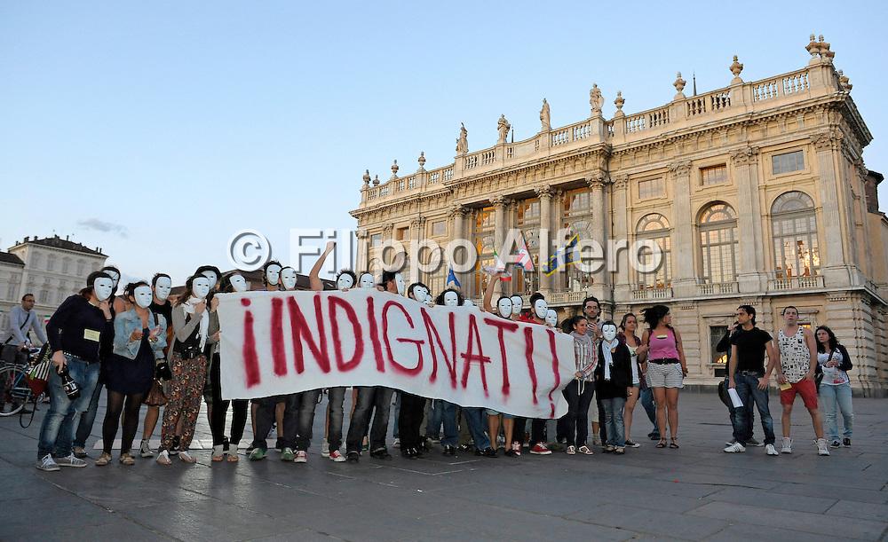 &copy; Filippo Alfero<br /> Gli Indignati in Piazza Castello a Torino<br /> Torino, 27/05/2011<br /> cronaca