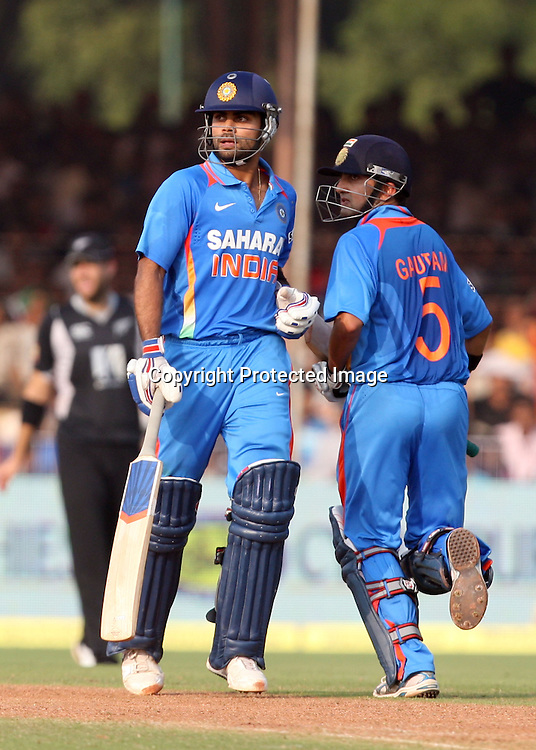 Indian captain Gautam Gambhir and Virat Kohli run aganist New Zealand during the 3rd ODI India vs New Zealand Played at Reliance Stadium, Vadodara, 4 December 2010 (50-over match)