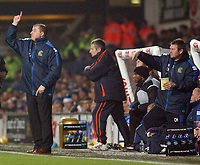 Photo: Daniel Hambury.<br /> The Coca Cola Championship.<br /> Ipswich Town V Wigan Athletic.   21/12/2004<br /> Wigan's manager Paul Jewell and his assistant issue instructions from the bench