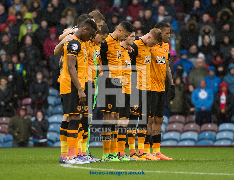 Hull City players take part in a minute&rsquo;s silence in memory of former Burnley Chairman Frank Teasdale and former player Ray Pointer who both recently passed away, before the Sky Bet Championship match at Turf Moor, Burnley<br /> Picture by Russell Hart/Focus Images Ltd 07791 688 420<br /> 06/02/2016