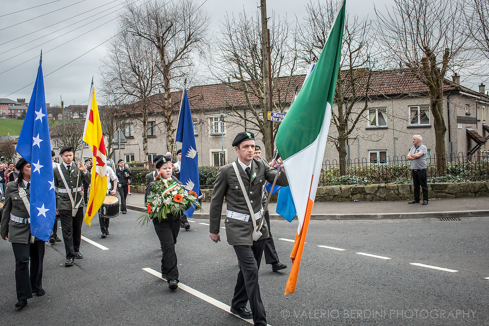 A Republican parade with Irish flags heads to Derry cemetery on Easter day, April 2015. Despite the years of ceasefire and peace, there is a strong feeling of belonging among the unionist community.