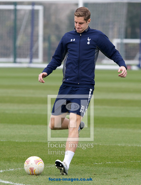 Picture by Alan Stanford/Focus Images Ltd +44 7915 056117.06/03/2013.Michael Dawson of Tottenham Hotspur during training at Spurs Lodge, Enfield.