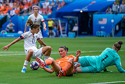 07-07-2019 FRA: Final USA - Netherlands, Lyon<br /> FIFA Women's World Cup France final match between United States of America and Netherlands at Parc Olympique Lyonnais. USA won 2-0 / Tobin Heath #17 of the United States, Sherida Spitse #8 of the Netherlands, Sari van Veenendaal #1 of the Netherlands
