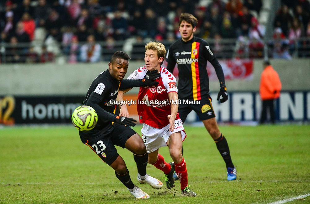 Wylan CYPRIEN / Franck SIGNORINO - 25.01.2015 - Reims / Lens  - 22eme journee de Ligue1<br /> Photo : Dave Winter / Icon Sport *** Local Caption ***