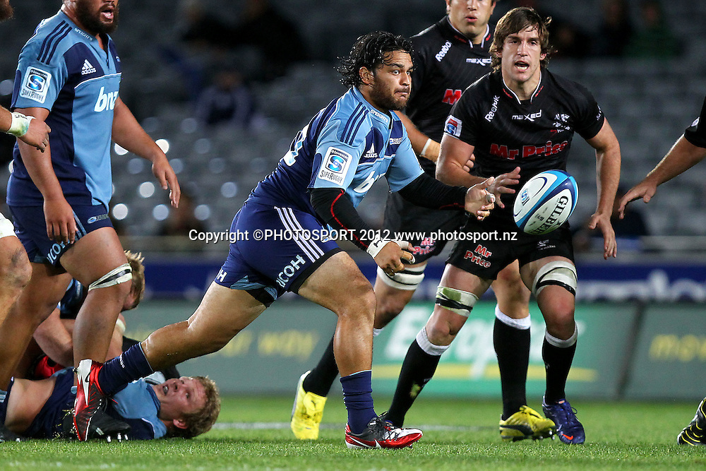 Blues' Piri Weepu in action. Super Rugby rugby union match, Blues v Sharks at Eden Park, Auckland, New Zealand. Friday 13th April 2012. Photo: Anthony Au-Yeung / photosport.co.nz