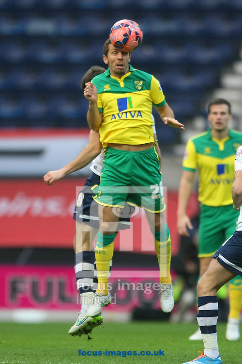 Gary O&rsquo;Neil of Norwich wins a header during the FA Cup match at Deepdale, Preston<br /> Picture by Paul Chesterton/Focus Images Ltd +44 7904 640267<br /> 03/01/2015