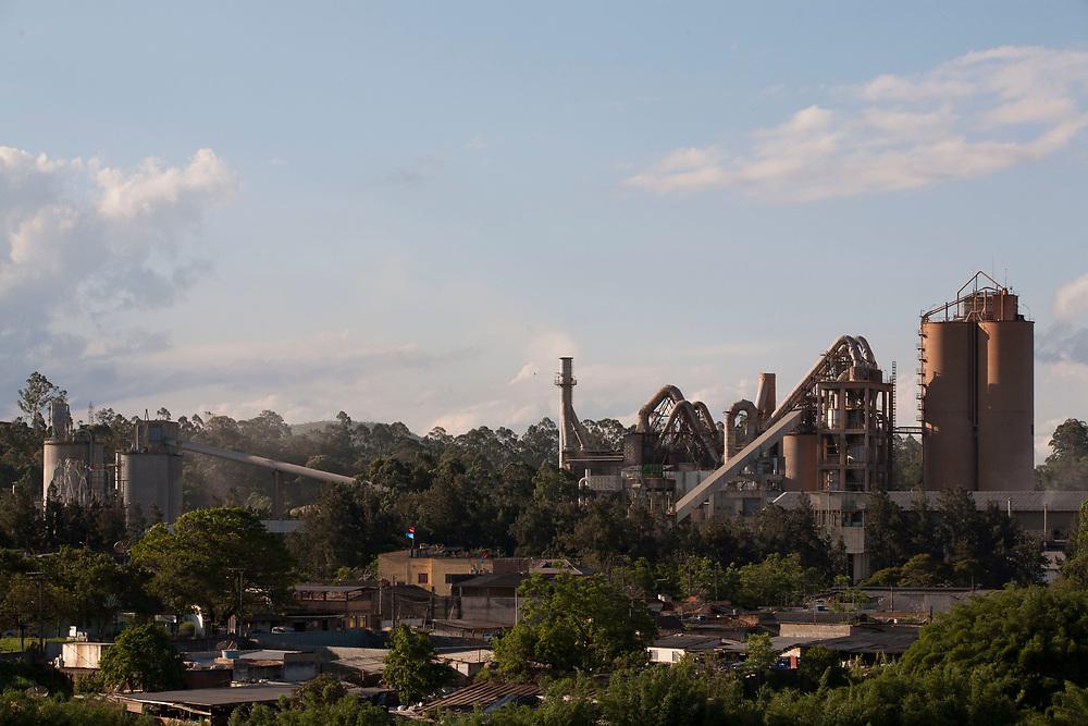 Barroso _ MG, 19 de Novembro de 2008<br /> <br /> Fabrica da Holcim.<br /> <br /> Foto: LEO DRUMOND / AGENCIA NITRO