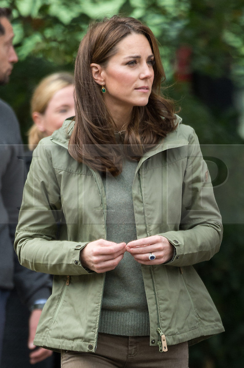 © Licensed to London News Pictures. 02/10/2018. London, UK. Catherine, Duchess Of Cambridge meets with members of the public during a visit to Sayers Croft Forest School and Wildlife Garden at Paddington Recreation Ground. Photo credit: Ray Tang/LNP
