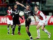 24-11-2007: Voetbal:AZ-WILLEM II: ALKMAAR<br /> Said Boutahar controleert onder het oog van Opdam de bal<br /> Foto: Geert van Erven/Orange Pictures