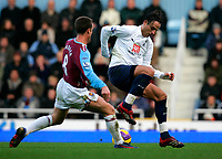 Photo: Tom Dulat/Sportsbeat Images.<br /> <br /> West Ham United v Tottenham Hotspur. The FA Barclays Premiership. 25/11/2007.<br /> <br /> Scott Parker of West Ham United and Dimitar Berbatov of Tottenham Hotspur with the ball.