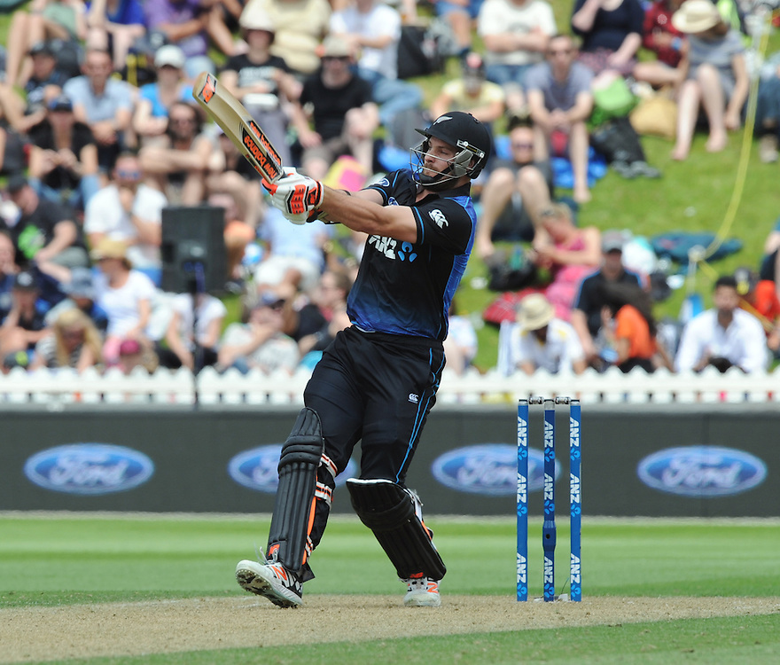 New Zealand's Mitchell McClenaghan pulls a six to the boundary against Pakistan in the 1st ODI International Cricket match at Basin Reserve, Wellington, New Zealand, Monday, January 25, 2016. Credit:SNPA / Ross Setford
