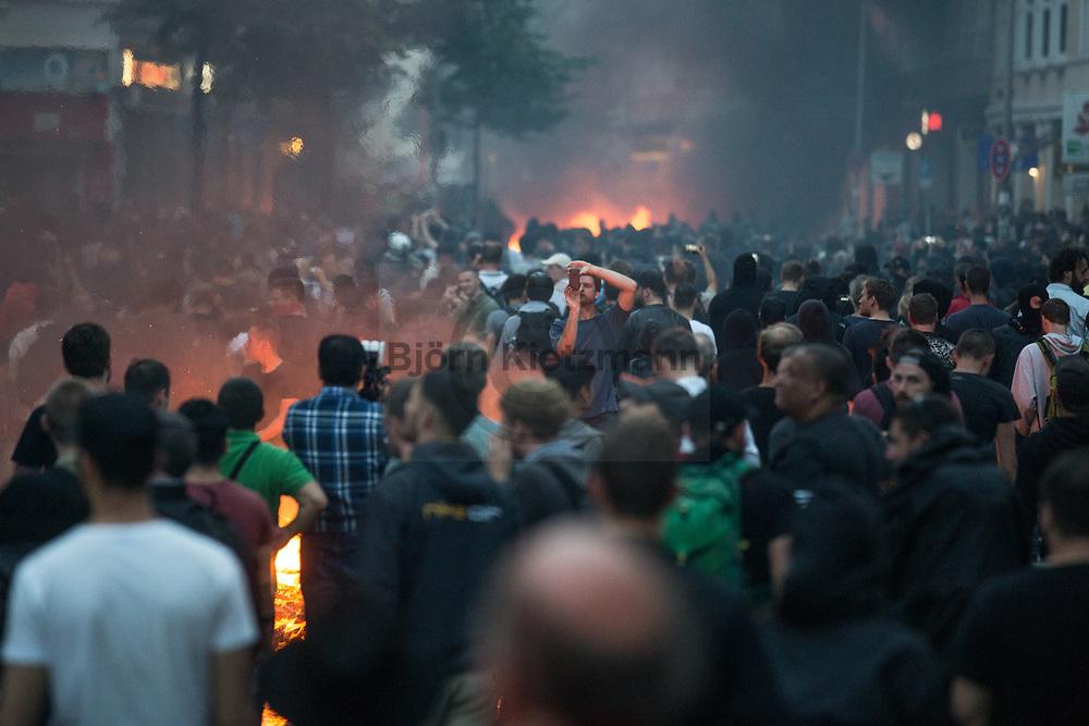 Hamburg, Germany - 07.07.2017<br /> <br /> Heavy clashes during the No G20 protests at Schanzenviertel in Hamburg<br /> <br /> Heftige Ausschreitungen im Schanzenviertel bei den Anti G20-Protesten in Hamburg.<br /> <br /> Photo: Bjoern Kietzmann