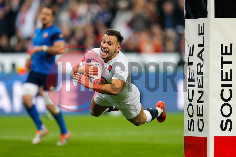 England Scrum-Half Danny Care scores a try - Mandatory byline: Rogan Thomson/JMP - 19/03/2016 - RUGBY UNION - Stade de France - Paris, France - France v England - RBS 6 Nations 2016.