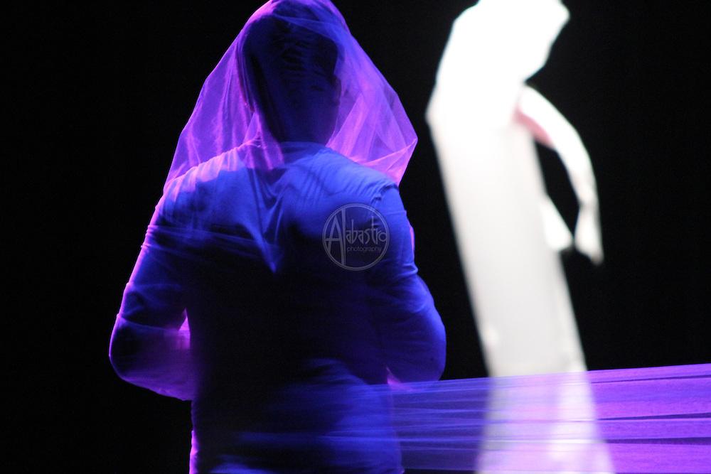 Mark Haim rehearsing his piece for Chop Shop 2010.