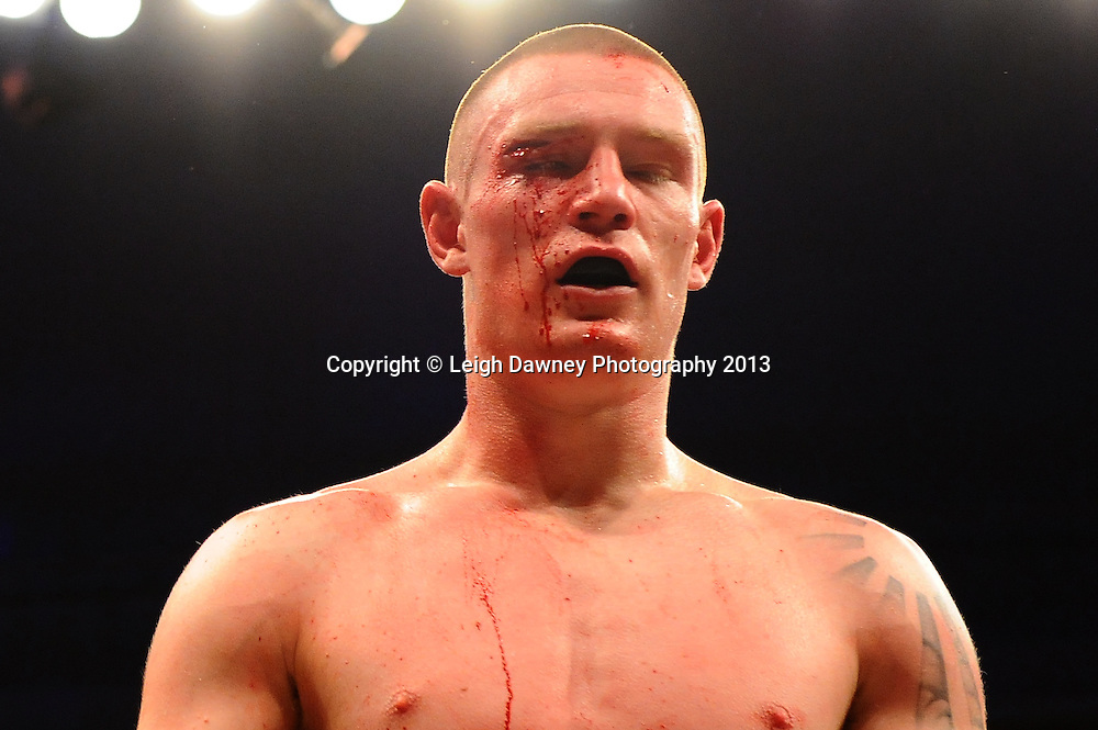Mark Thompson defeats Rob Hunt in Quarter Final One at Welterweights 111, Civic Hall Wolverhampton. on the 19th January 2013. Matchroom Sport/ Prizefighter © Leigh Dawney 2013