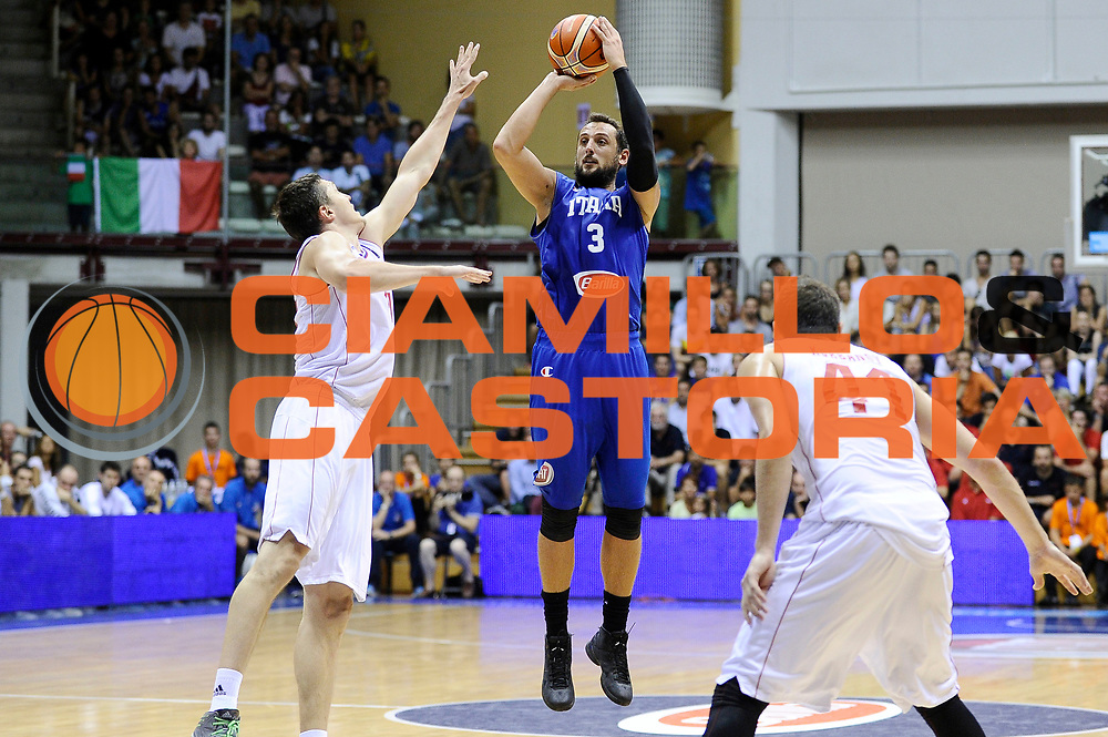 DESCRIZIONE : Trieste Nazionale Italia Uomini Torneo Internazionale Citt&agrave; di Trieste 2015 Italia Russia Italy Russia<br /> GIOCATORE : Marco Belinelli<br /> CATEGORIA : tiro three points<br /> SQUADRA : Italia Italy<br /> EVENTO : Torneo Internazionale Citt&agrave; di Trieste 2015<br /> GARA : Italia Russia Italy Russia<br /> DATA : 30/08/2015<br /> SPORT : Pallacanestro<br /> AUTORE : Agenzia Ciamillo-Castoria/Max.Ceretti<br /> Galleria : FIP Nazionali 2015<br /> Fotonotizia : Trieste Nazionale Italia Uomini Torneo Internazionale Citt&agrave; di Trieste 2015 Italia Russia Italy Russia