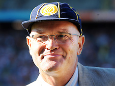 Auckland-File photos, New Zealand cricketer Martin Crowe has died