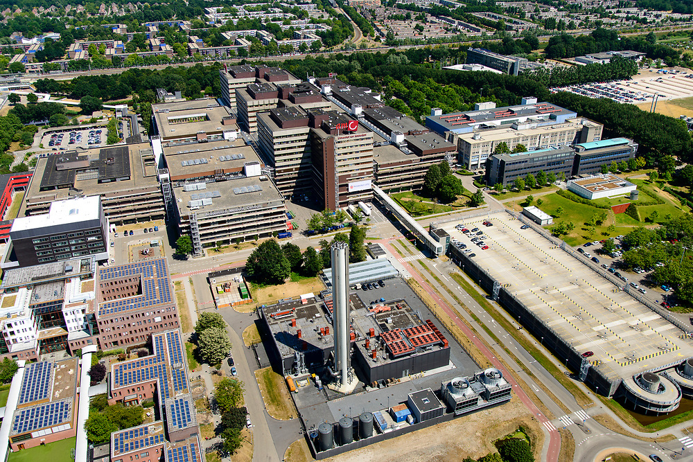Nederland, Noord-Holland, Amsterdam, 29-06-2018; Holendrecht, Academisch Medisch Centrum AMC in Amsterdam Zuidoost. Universiteitsziekenhuis en poliklinieken, faculteit geneeskunde. Energie centrale.<br /> AMC Academic Medical Center in Amsterdam; university hospital and outpatient clinics, faculty of medicine.<br /> luchtfoto (toeslag op standard tarieven);<br /> aerial photo (additional fee required);<br /> copyright foto/photo Siebe Swart