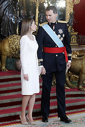19.06.2014, Palacio Real, Madrid, ESP, Inthronisierung, König Felipe VI, Empfang im Palast, im Bild King Felipe VI of Spain and Queen Letizia of Spain // during the Enthronement ceremonies of King Felipe VI at the Palacio Real in Madrid, Spain on 2014/06/19. EXPA Pictures © 2014, PhotoCredit: EXPA/ Alterphotos/ Acero<br /> <br /> *****ATTENTION - OUT of ESP, SUI*****