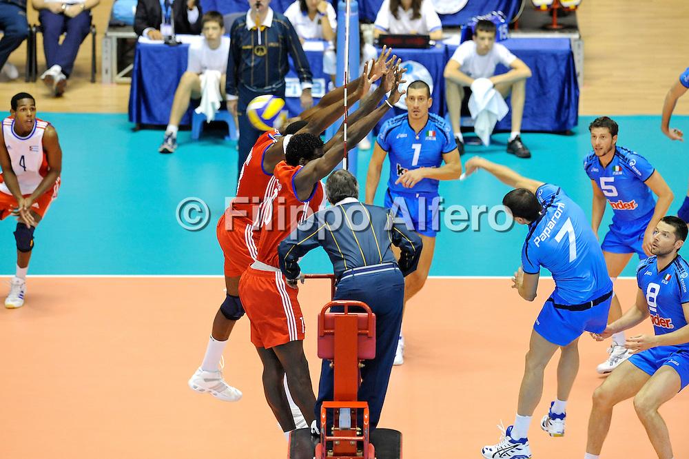 &copy; Filippo Alfero<br /> Torino , 18/07/2008<br /> World League Pallavolo 2008 - Italia vs Cuba<br /> sport , volley<br /> Nella foto: Paparoni
