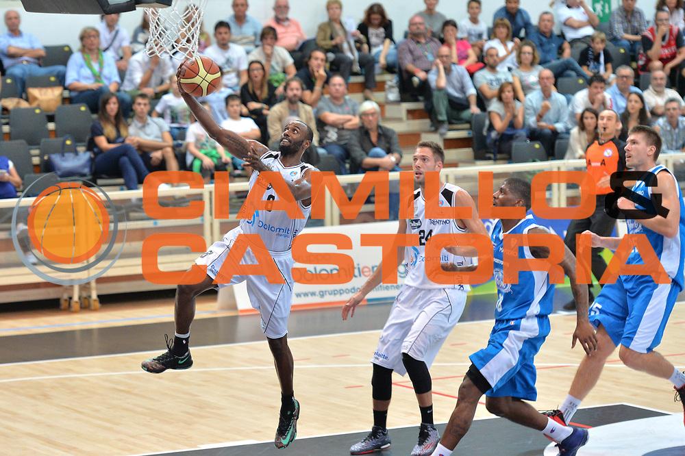 DESCRIZIONE : Trento 2' Memorial Gianni Brusinelli Lega A 2014-15 Dolomiti Energia B.Trento vs Acqua Vitasnella Cant&ugrave;<br /> GIOCATORE : Keaton Grant<br /> CATEGORIA : Tiro<br /> SQUADRA : Aquila Basket Trento<br /> EVENTO : 2' Memorial Gianni Brusinelli <br /> GARA : Dolomiti Energia B.Trento vs Acqua Vitasnella Cant&ugrave;<br /> DATA : 14/09/2014 <br /> SPORT : Pallacanestro <br /> AUTORE : Agenzia Ciamillo-Castoria/I.Mancini<br /> Galleria : Lega Basket A 2014-2015 Fotonotizia : Trento 2' Memorial Gianni Brusinelli  Lega A 2014-15 Dolomiti Energia B.Trento vs Acqua Vitasnella Cant&ugrave;<br /> Predefinita :