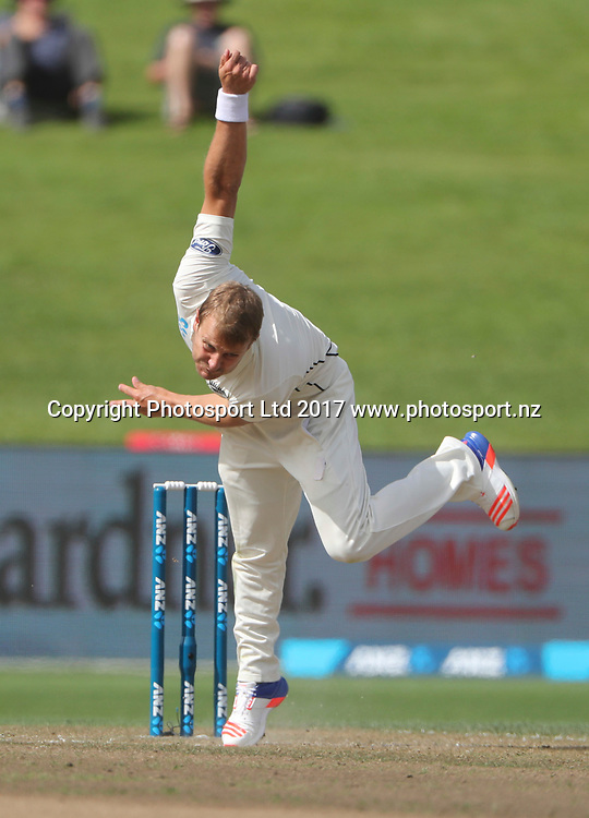 New Zealands Niel Wagner. Day 2, 3rd Test, International Test match cricket, New Zealand Black Caps v South Africa Proteas. Seddon Park, Hamilton, New Zealand, Sunday 26 March 2017.  Copyright photo: John Cowpland / www.photosport.nz