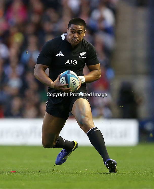 2012 Air New Zealand European Tour 11/11/2012<br /> New Zealand<br /> Julian Savea, Scotland v New Zealand All Blacks, Murrayfield Stadium, Edinburgh, Scotland, Sunday 11th November 2012.<br /> Mandatory Credit &copy;INPHO/Dan Sheridan