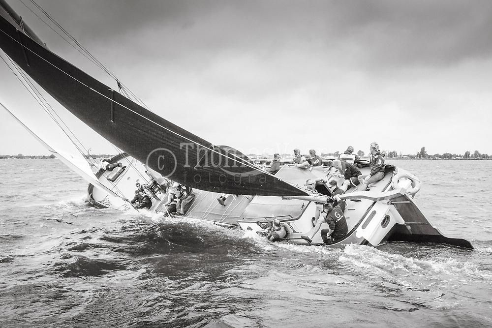 Grouster Skûtsje - SKS Skûtsjesilen 2016 op het Sneekermeer.
