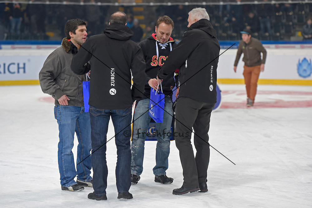 07.01.2015; Bern; Eishockey Schweizer Cup - SC Bern - ZSC Lions; <br /> Pausenspiel<br /> (Urs Lindt/freshfocus)