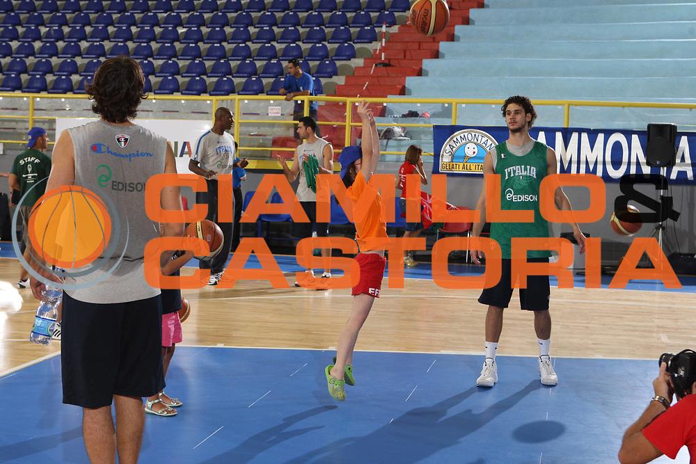 DESCRIZIONE : Cagliari Eurobasket Men 2009 Additional Qualifying Round Italia Francia<br /> GIOCATORE : Nazionale Italiana Maschile Special Olympics<br /> SQUADRA : Italia Italy Nazionale Italiana Maschile<br /> EVENTO : Eurobasket Men 2009 Additional Qualifying Round <br /> GARA : Italia Francia Italy France<br /> DATA : 05/08/2009 <br /> CATEGORIA : curiosita<br /> SPORT : Pallacanestro <br /> AUTORE : Agenzia Ciamillo-Castoria/G.Ciamillo