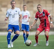 Sebastian Carlsen (HIK) og Lucas Haren (FC Helsingør) under kampen i 2. Division mellem HIK og FC Helsingør den 30. august 2019 i Gentofte Sportspark (Foto: Claus Birch).