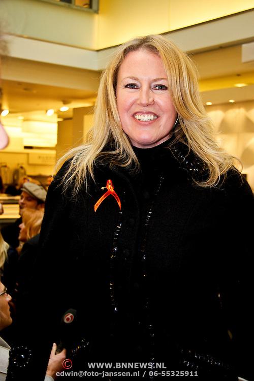 NLD/Amsterdam/20100314 -Modeshow Glamour Detox Your Wardrobe tbv Orange Babies, Monique Collignon