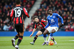 Romelu Lukaku of Everton holds off Harry Arter of Bournemouth - Mandatory by-line: Jason Brown/JMP - Mobile 07966 386802 28/11/2015 - SPORT - FOOTBALL - Bournemouth, Vitality Stadium - AFC Bournemouth v Everton - Barclays Premier League
