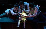Glowworm at the Project Art Centre. Tiger Dublin Fringe. Umbrella Theatre Company. ©Tamara Him.