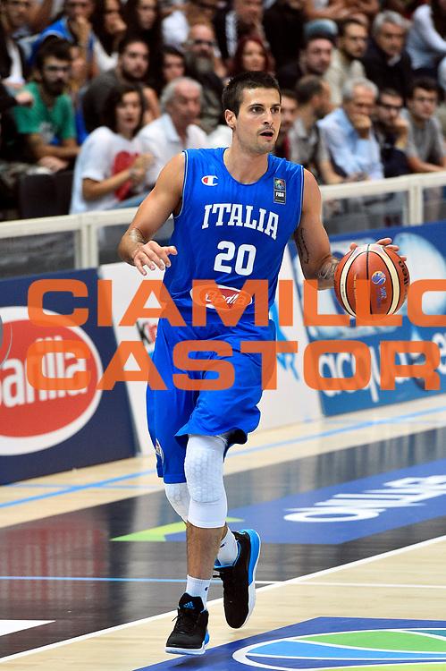 DESCRIZIONE : Trento Nazionale Italia Uomini Trentino Basket Cup Italia Germania Italy Germany <br /> GIOCATORE : Andrea Cinciarini<br /> CATEGORIA : palleggio<br /> SQUADRA : Italia Italy<br /> EVENTO : Trentino Basket Cup<br /> GARA : Italia Germania Italy Germany<br /> DATA : 01/08/2015<br /> SPORT : Pallacanestro<br /> AUTORE : Agenzia Ciamillo-Castoria/GiulioCiamillo<br /> Galleria : FIP Nazionali 2015<br /> Fotonotizia : Trento Nazionale Italia Uomini Trentino Basket Cup Italia Germania Italy Germany