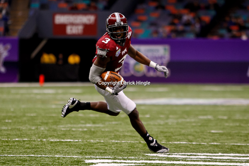 December 18, 2010; New Orleans, LA, USA; Troy Trojans wide receiver Jerrel Jernigan (3) scores a touchdown against the Ohio Bobcats during the first quarter of the 2010 New Orleans Bowl at the Louisiana Superdome.  Mandatory Credit: Derick E. Hingle