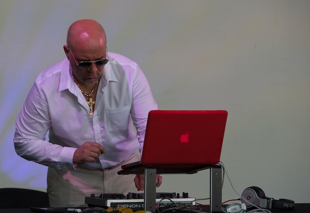 Andy Rodriguez (DJ)