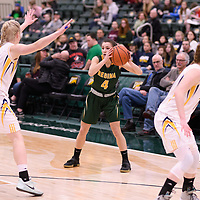 3rd year guard Avery Pearce (4) of the Regina Cougars in action during the Women's Basketball home game on January  20 at Centre for Kinesiology, Health and Sport. Credit: /Arthur Images