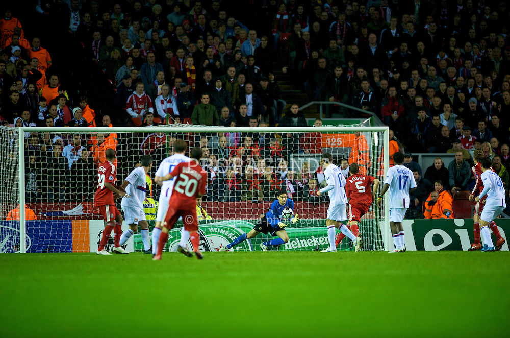 LIVERPOOL, ENGLAND - Tuesday, October 20, 2009: Olympique Lyonnais's goalkeeper Hugo Lloris makes a save against Liverpool during the UEFA Champions League Group E match at Anfield. (Pic by David Rawcliffe/Propaganda)