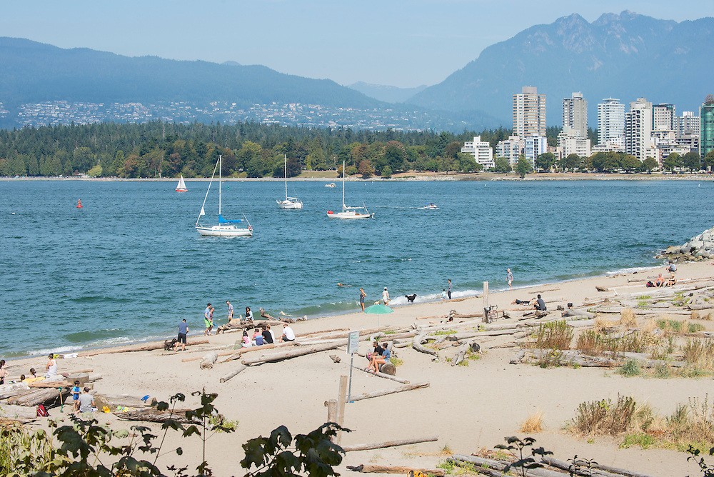 Canada, British Columbia, Vancouver ,English Bay, Kitsilano Beach, University Peninsula, dog beach