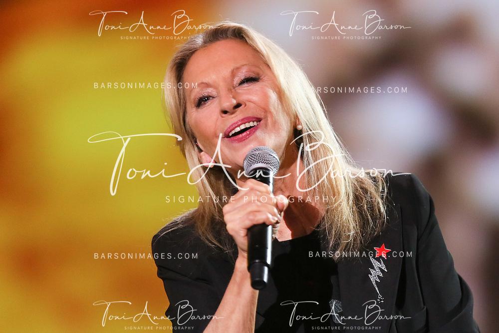 """PARIS, FRANCE - FEBRUARY 10:  Veronique Sanson performs during the """"32nd Victoires de la Musique 2017"""" at Le Zenith on February 10, 2017 in Paris, France.  (Photo by Tony Barson/FilmMagic)"""