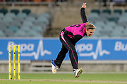 Lea Tahuhu bowling. Women's T20 international Cricket, Australia v New Zealand White Ferns.  Manuka Oval, Canberra, 5 October 2018. Copyright Image: David Neilson / www.photosport.nz