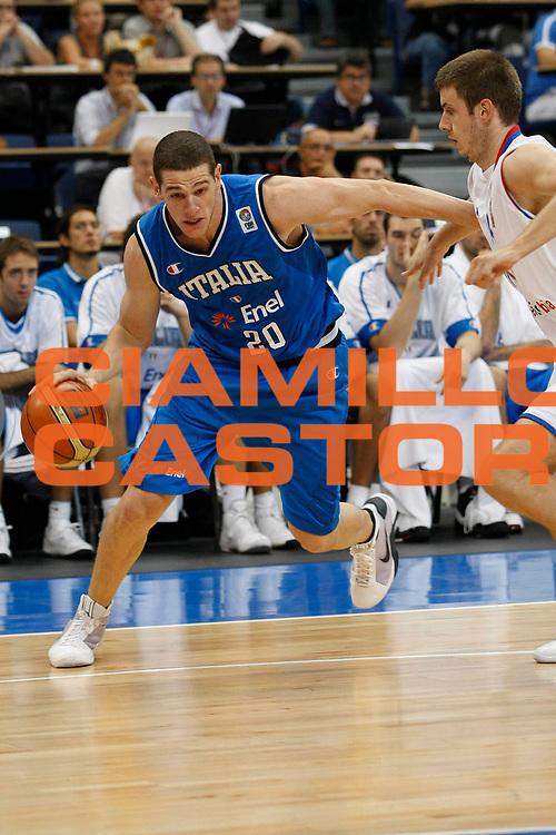 DESCRIZIONE : Belgrado Qualificazione Eurobasket 2009 Serbia Italia <br /> GIOCATORE : Valerio Amoroso <br /> SQUADRA : Nazionale Italia Uomini <br /> EVENTO : Raduno Collegiale Nazionale Maschile <br /> GARA : Serbia Italia Serbia Italy <br /> DATA : 06/09/2008 <br /> CATEGORIA : Penetrazione <br /> SPORT : Pallacanestro <br /> AUTORE : Agenzia Ciamillo-Castoria/M.Metlas <br /> Galleria : Fip Nazionali 2008 <br /> Fotonotizia : Belgrado Qualificazione Eurobasket 2009 Serbia Italia <br /> Predefinita :