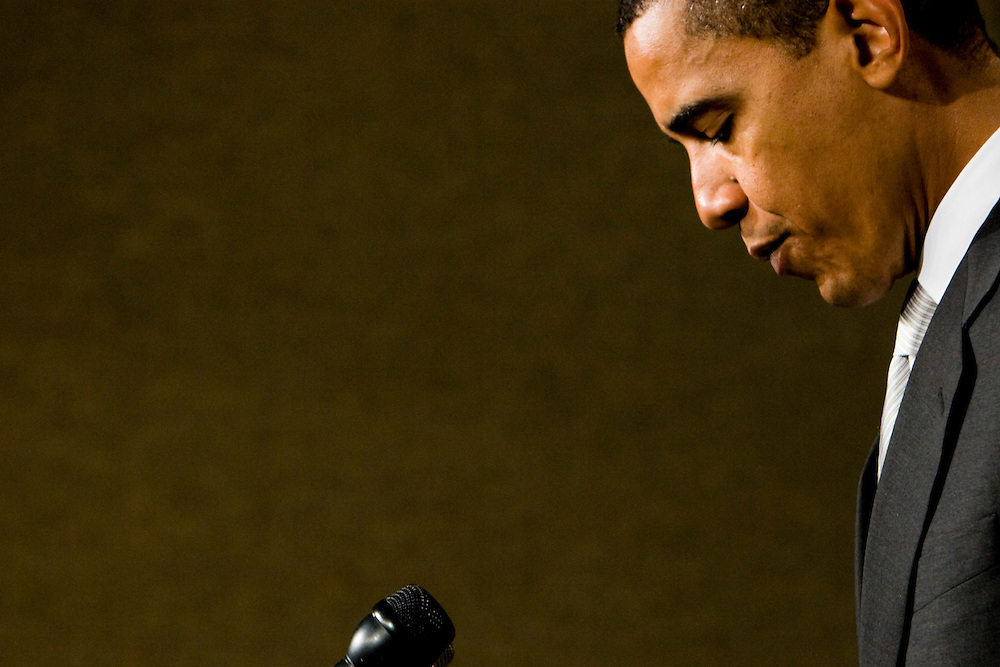 Senator Barack Obama (D-IL) addresses a news conference in Washington, DC, to announce plans to increase America's energy independence by promoting renewable energy on Thursday, Jan. 25, 2007.