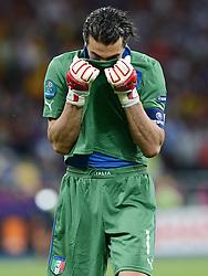 FUSSBALL  EUROPAMEISTERSCHAFT 2012   FINALE Spanien - Italien            01.07.2012 Torwart Gianluigi Buffon (Italien) enttaeuscht